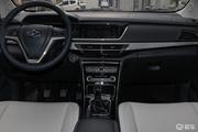 2018款 长安欧尚A600 1.5L 手动 豪华版