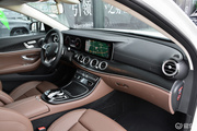 2018款 改款 奔驰E 200 L 运动轿车
