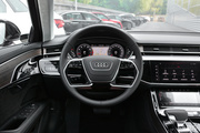 2019款 奥迪A8L 55 TFSI quattro 尊贵型