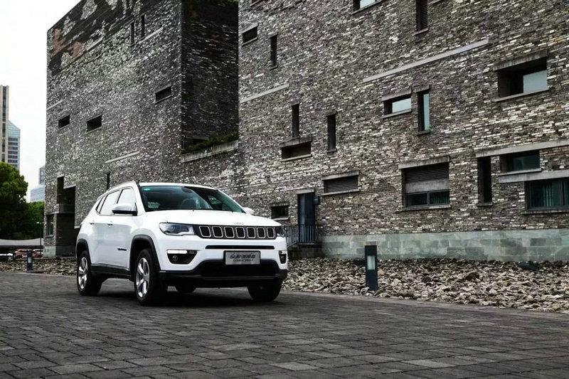 全新Jeep指南者.jpg